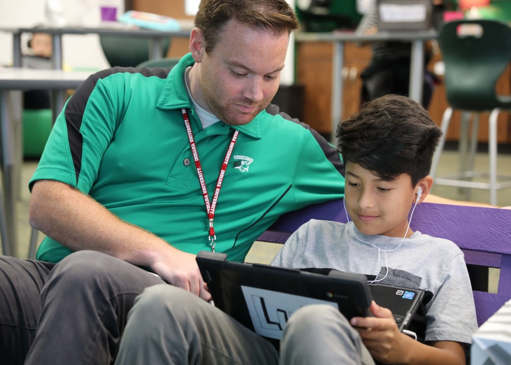 STAFF SPOTLIGHT: Digital learning specialists bring the 'aha moment' to students and teachers